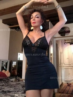Elisabeta escorte massage sexe