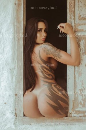 Darielle escorte girl massage tantrique à Louveciennes