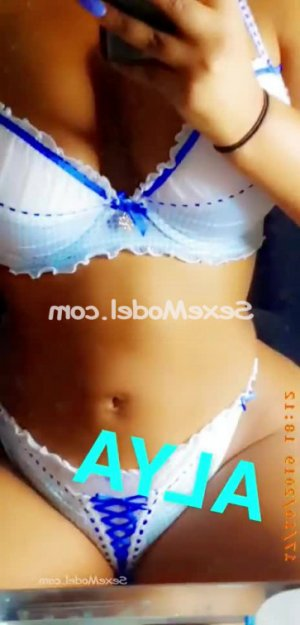 Alima escorte girl massage