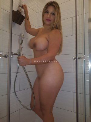 Massita escort girl massage érotique à Hazebrouck